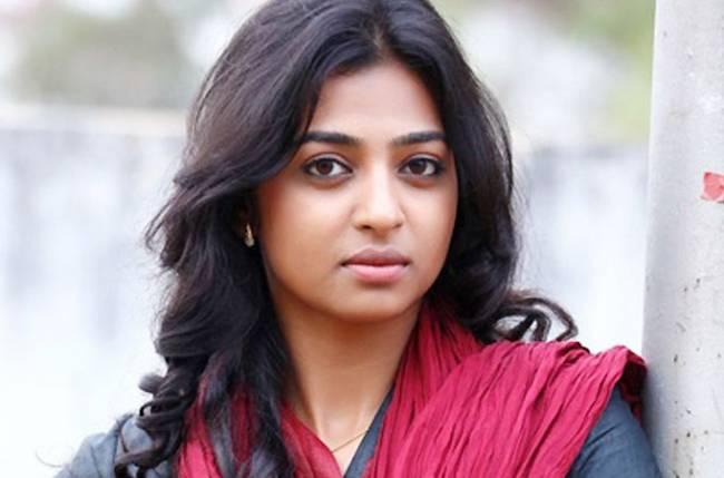 Radhika-Apte-pics
