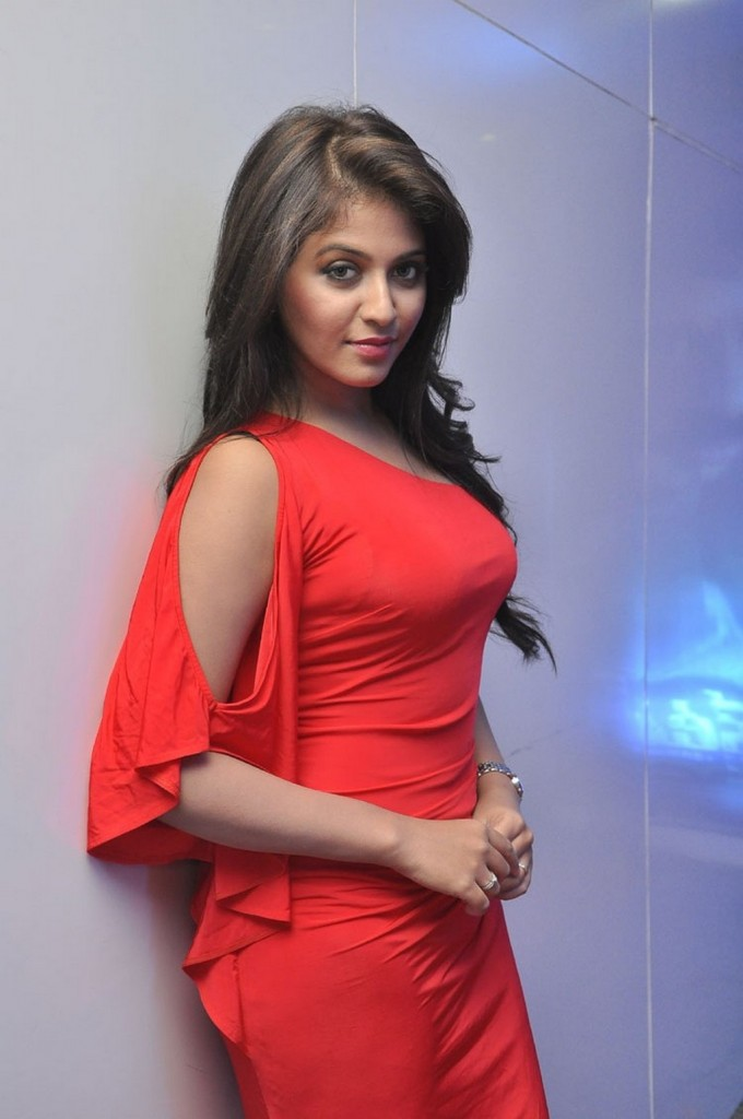 Anjali-red-hot-11