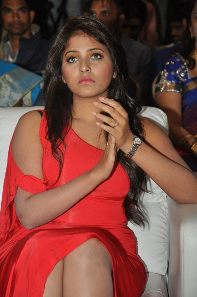 Anjali-red-hot-17