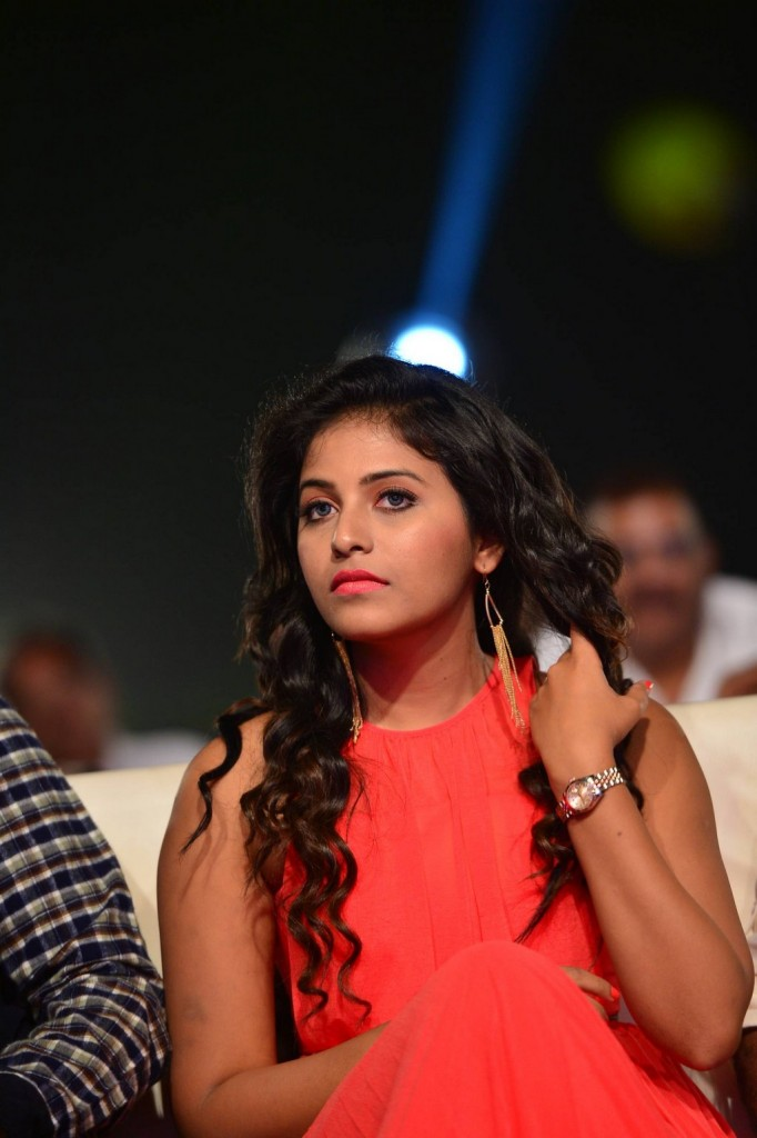 Anjali-red-hot-4