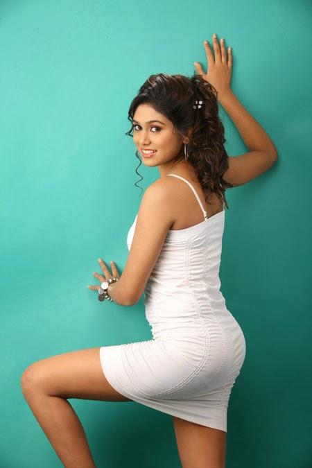 manisha-yadav-latest-stills-2